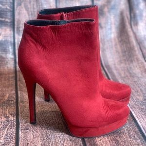 Chinese Laundry Platform Stiletto Booties Size 9.5